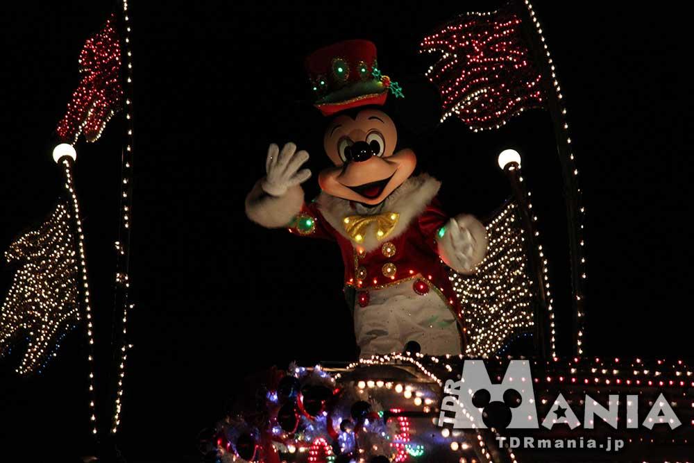 エレクトリカルパレードのクリスマスバージョン