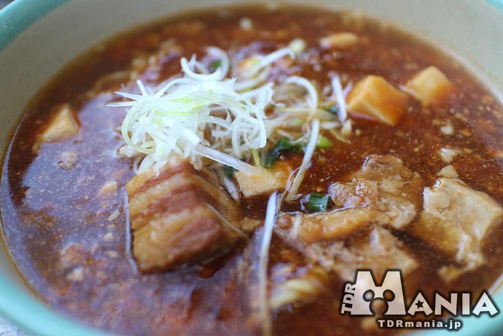 豚角煮と麻婆豆腐のあんかけ麺