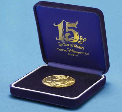 純金製メダルの専用ケース