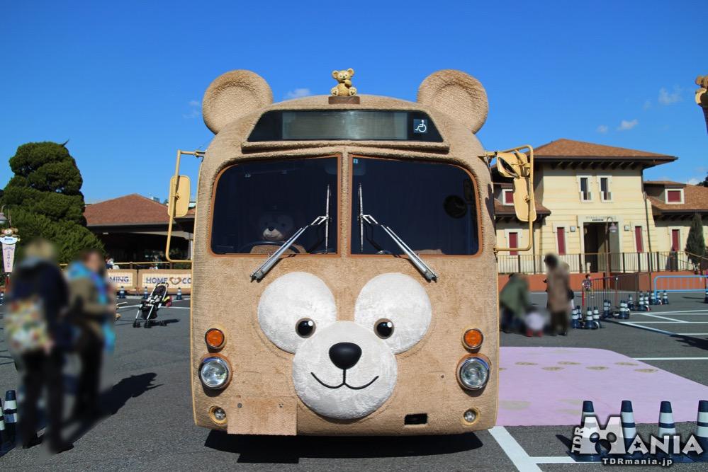 東京ディズニーシー・パークングに展示されたダッフィーバス