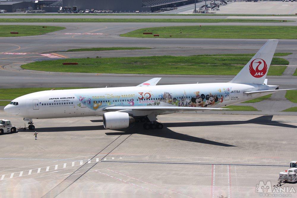TDR30周年を記念して運行した特別塗装便