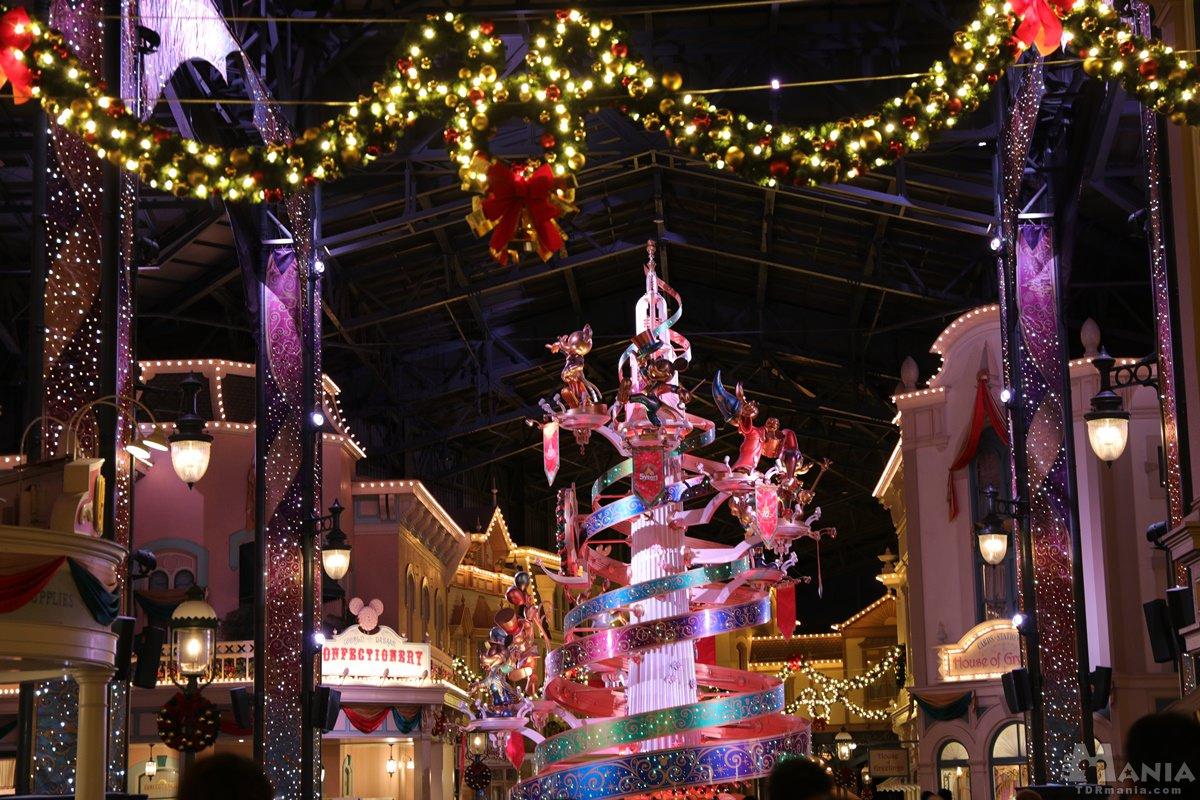 クリスマスリース セレブレーションタワー