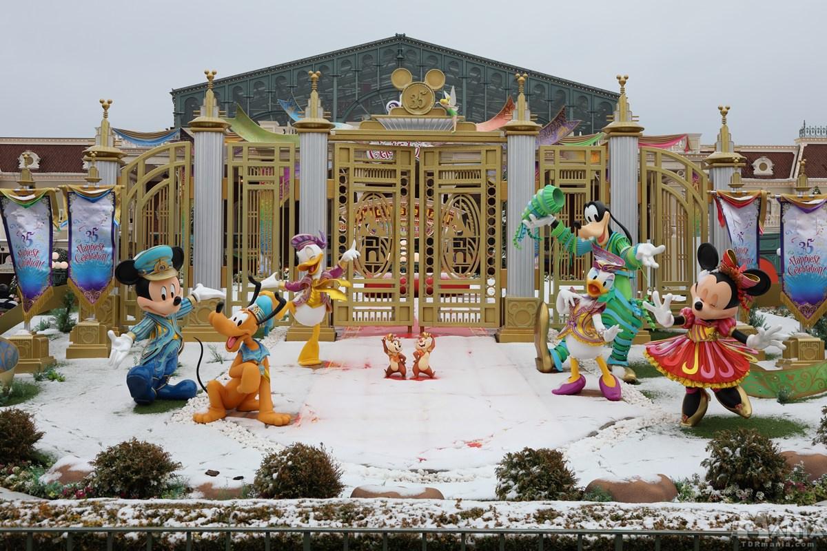 東京ディズニーランド 雪