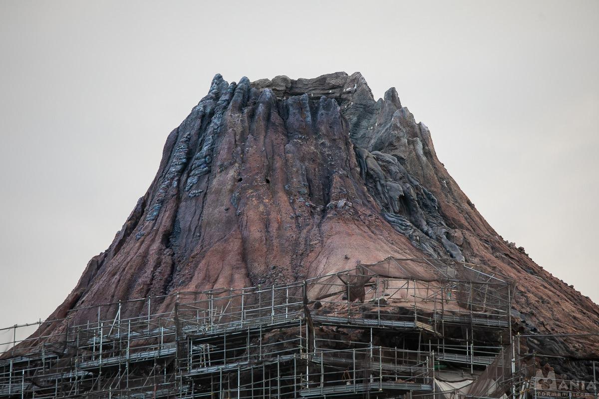プロメテウス火山 工事
