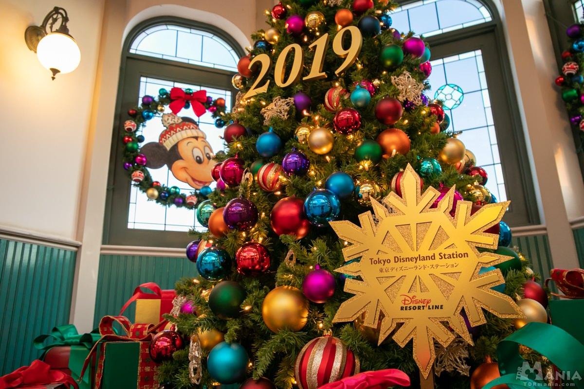 東京ディズニーランド・ステーション クリスマスデコレーション